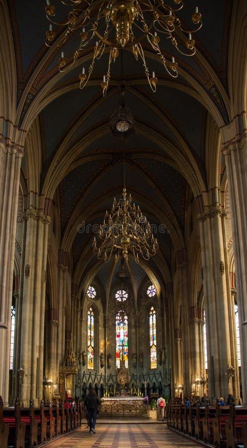 Fine della cattedrale di Zagabria su fotografia stock libera da diritti