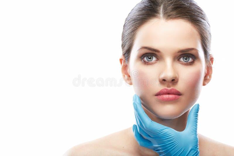 Fine della chirurgia del fronte della donna di bellezza sul ritratto fotografia stock