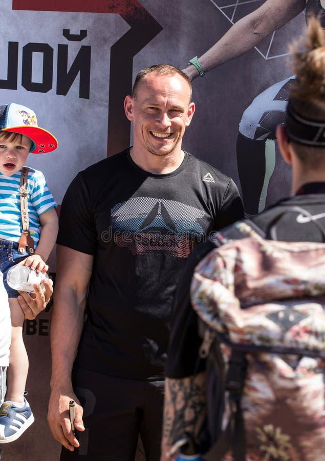 Fine famosa di Andrey Ganin dell'atleta di CrossFit del Russo su immagini stock
