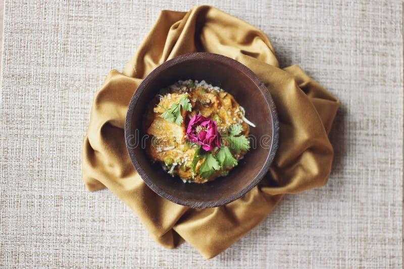 Fine indiana di cucina su con il fiore fotografia stock libera da diritti