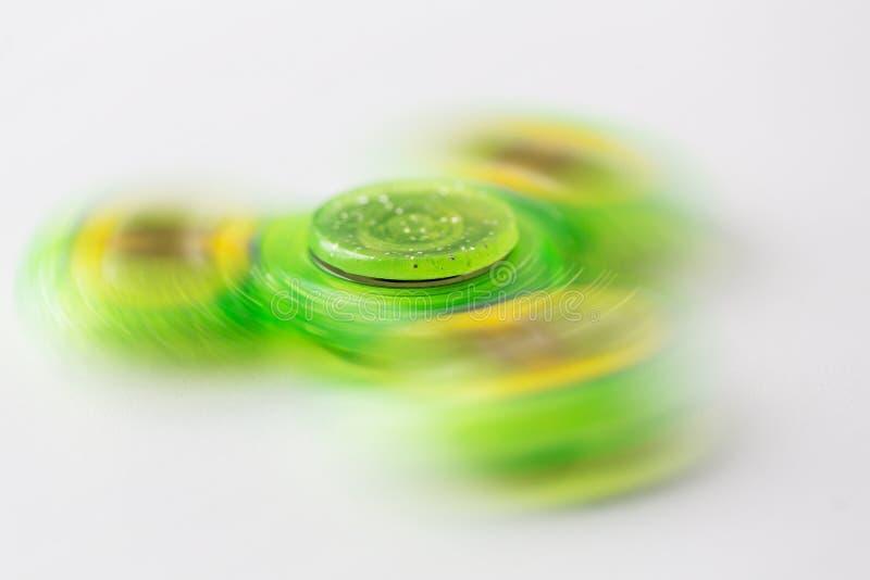 Fine su del filatore di filatura di irrequietezza di verde di calce immagini stock