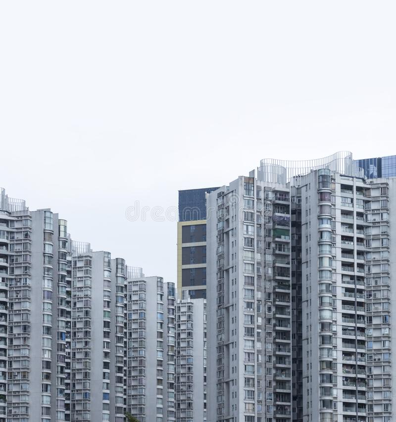 fine sull'edificio per uffici moderno di vetro di affari dell'esterno di costruzione, grattacieli urbani fotografia stock libera da diritti
