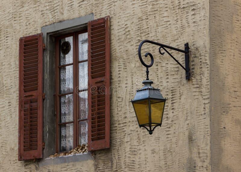 Finestra a Annecy fotografia stock libera da diritti