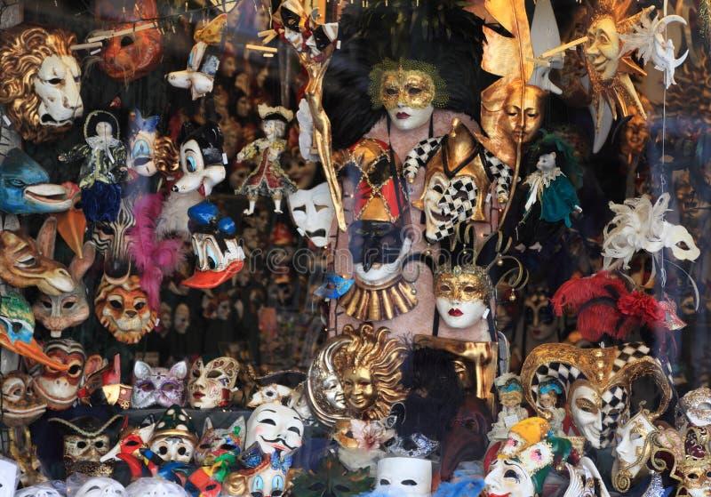 Finestra del negozio delle mascherine a Venezia immagini stock libere da diritti