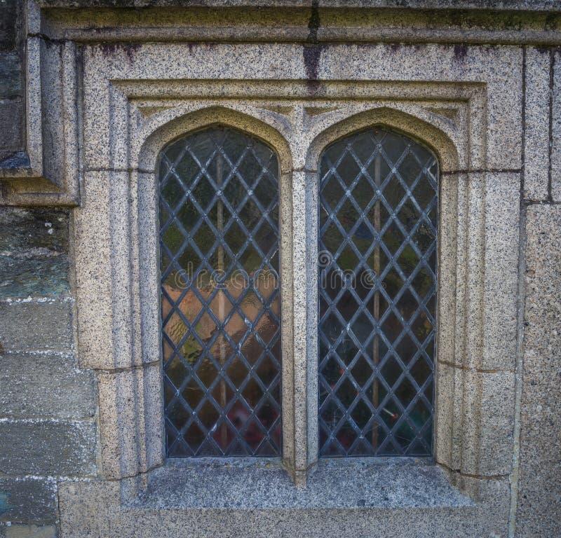 Finestra della chiesa della st Eustachius - Tavistock, Inghilterra, Regno Unito fotografie stock libere da diritti