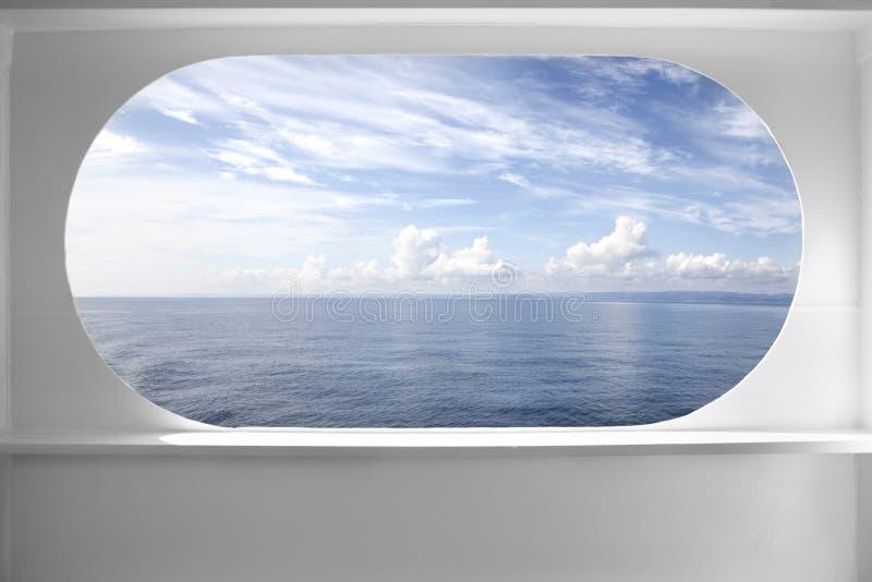 Finestra della nave della piattaforma fotografie stock libere da diritti