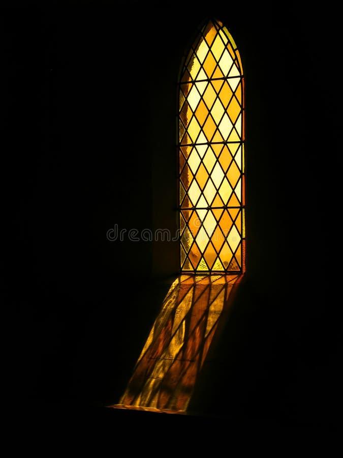 Finestra di Stained-glass religiosa fotografia stock libera da diritti