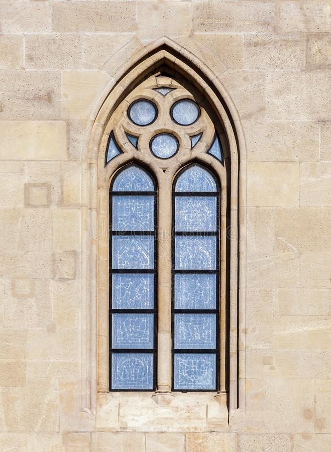 Finestra di una cattedrale gotica fotografia stock