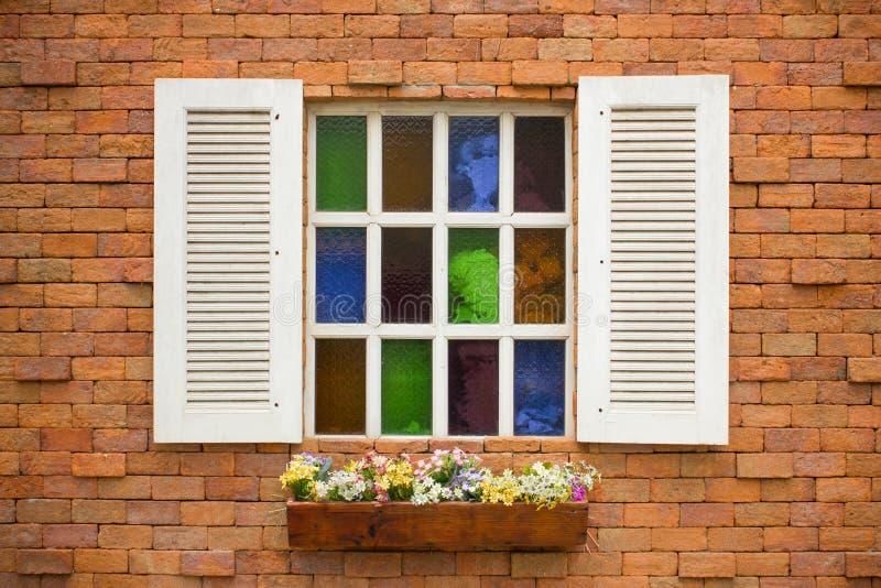Finestra di vetro colorata fotografie stock libere da diritti