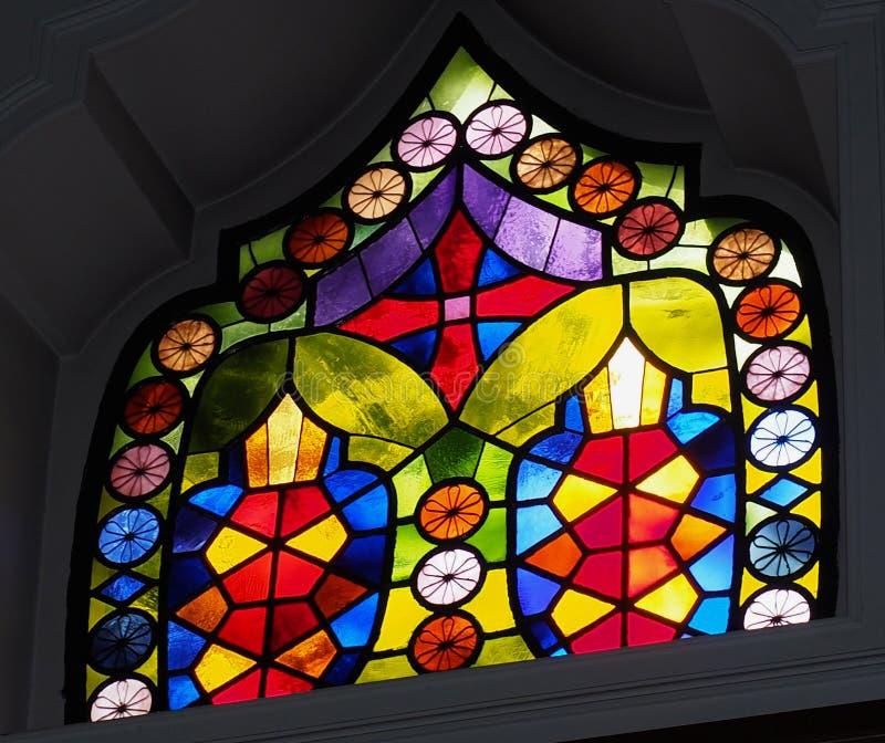 Finestra di vetro macchiato in chiesa a Candia Grecia immagini stock libere da diritti