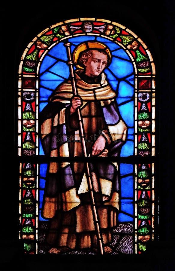 Finestra di vetro macchiato nella chiesa di Santi Paolino e Donato a Lucca, Italia fotografie stock libere da diritti