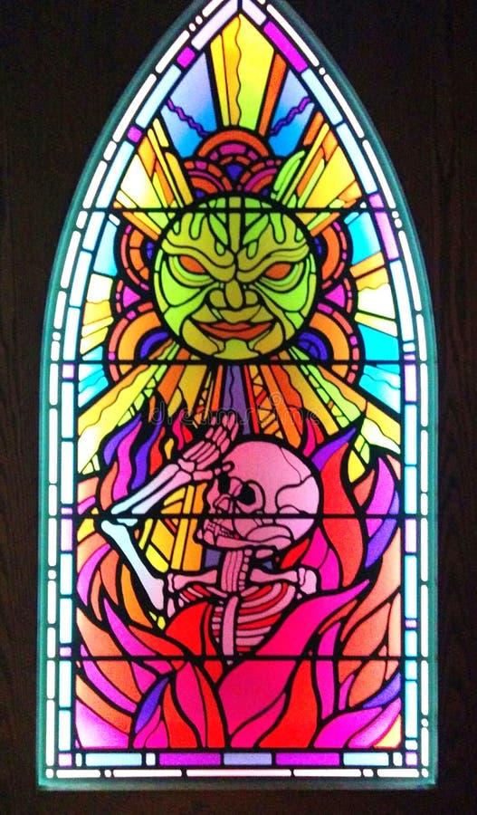 Finestra di vetro macchiato nella mostra spaventata a morte a MoPOP a Seattle immagine stock