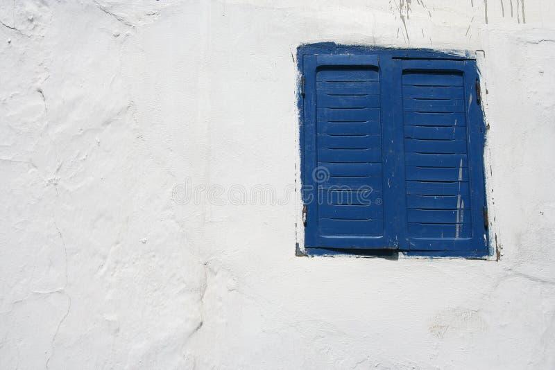 Download Finestra e parete fotografia stock. Immagine di particolare - 3894430