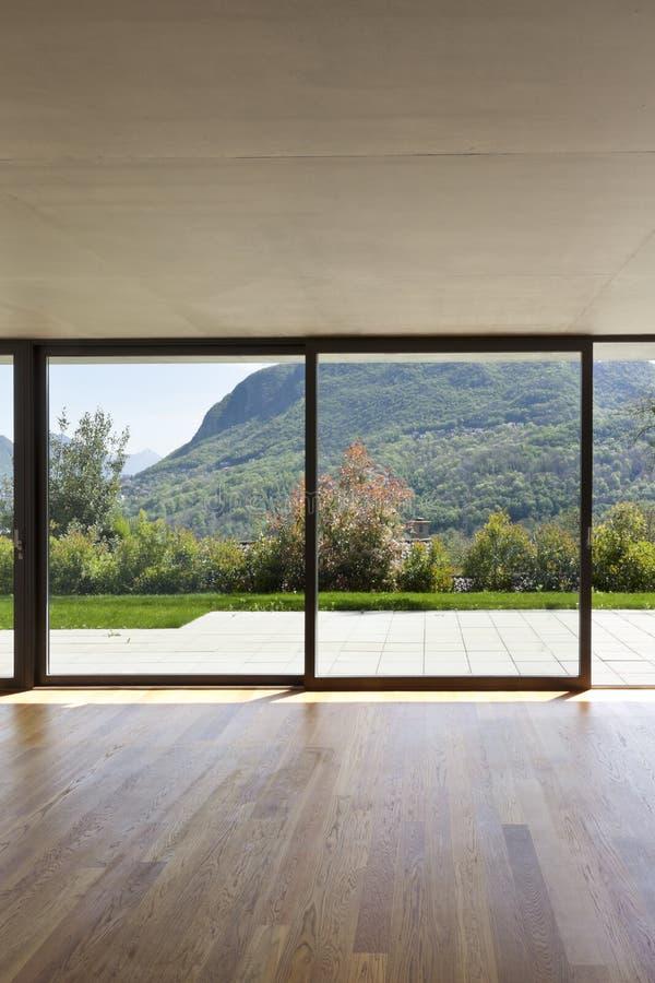 Finestra interna e grande immagine stock immagine di - Maniglia finestra gira a vuoto ...