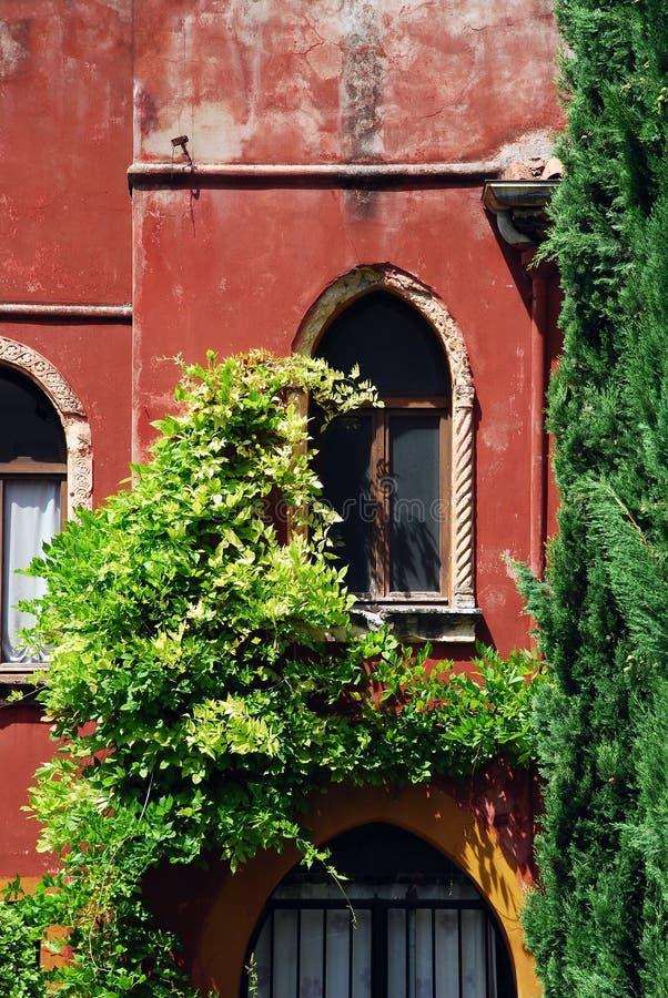 Finestra italiana, Verona immagine stock libera da diritti