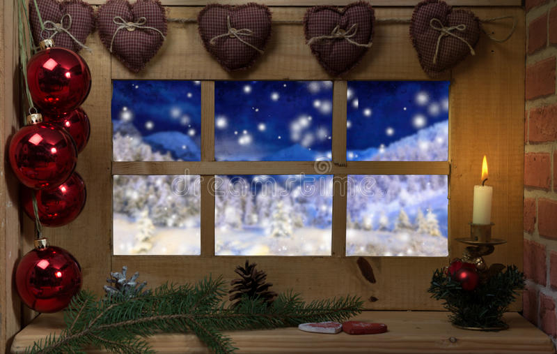 Finestra natale della decorazione candela e neve - Addobbi finestra natale ...