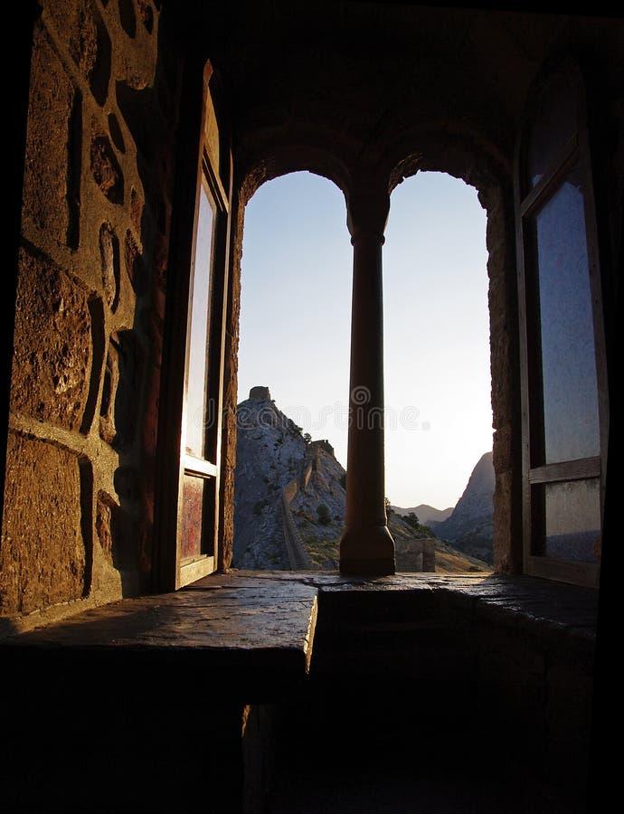 Finestra nel castello. fotografia stock libera da diritti