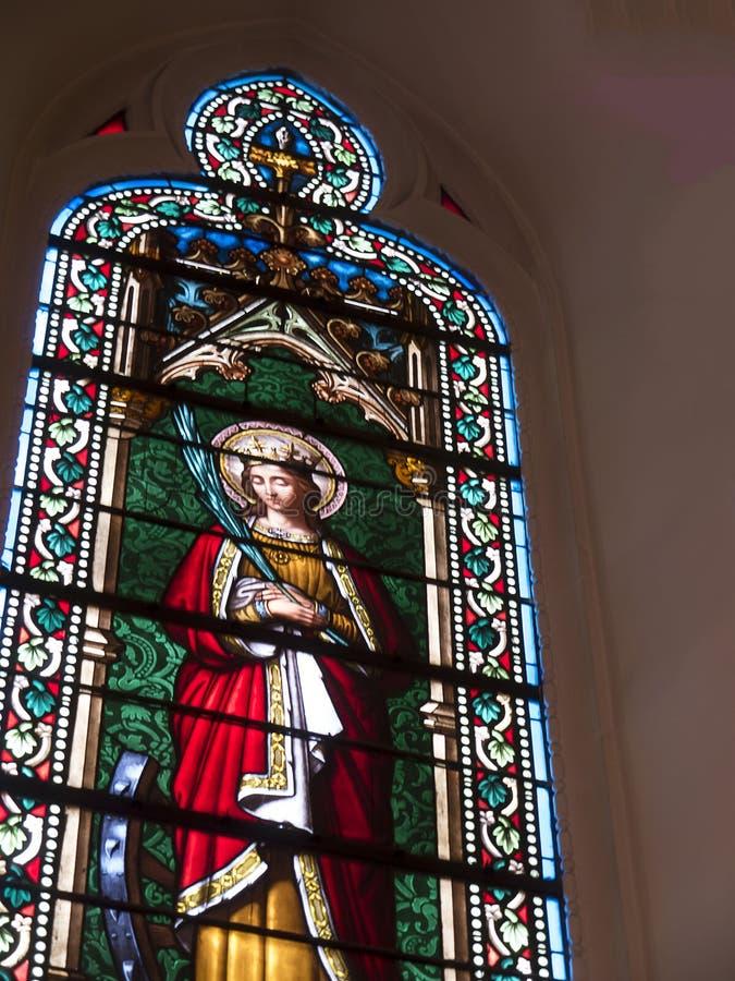 Finestra nella cappella di Loretto nella cattedrale di Santa Fe nel New Mexico immagini stock