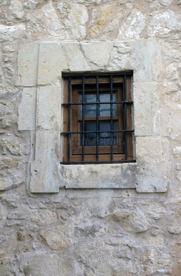 Finestra in una parete a Alamo fotografia stock