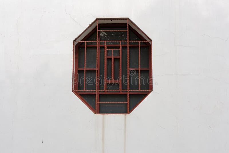 Finestre di intaglio del legno immagini stock