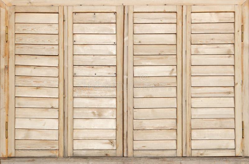 Finestre di legno immagini stock libere da diritti