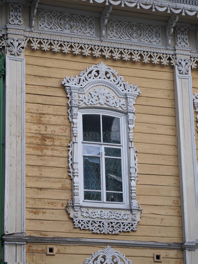 Finestre di legno decorative d'annata immagini stock libere da diritti