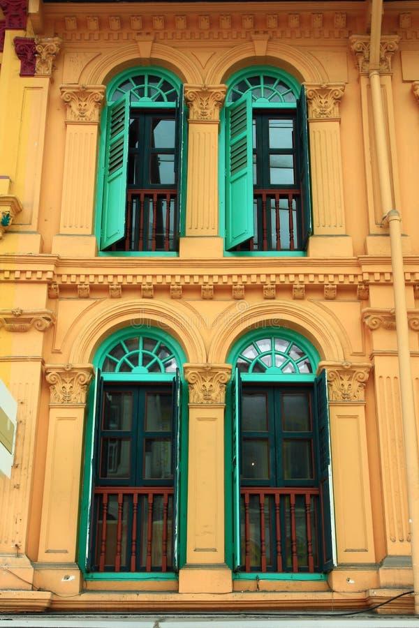 Finestre di legno verdi fotografia stock libera da diritti