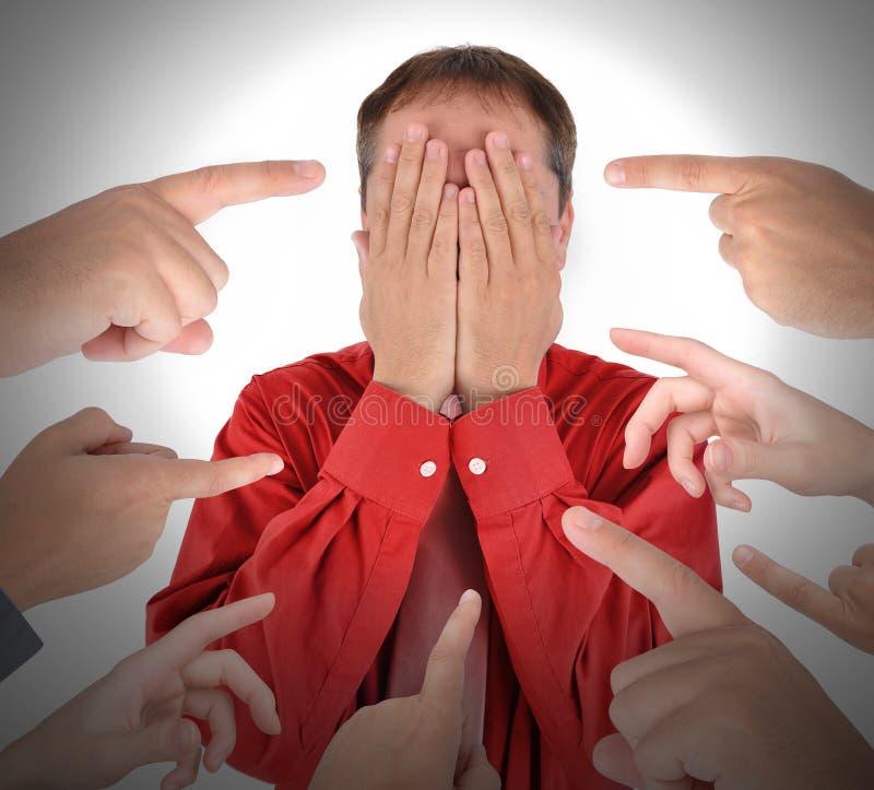 Finger, die mit Schuld-Schande zeigen lizenzfreie stockfotografie