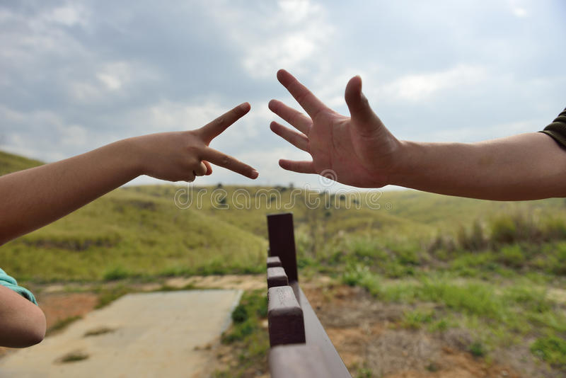 Finger-gissa leken royaltyfri foto