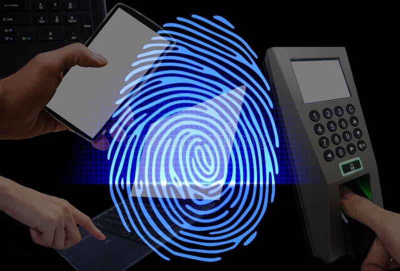 Fingeravtryckbildläsningen ger säkerhetstillträde med biometricsidenti royaltyfri foto