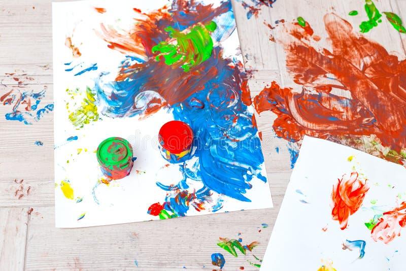 Fingerfärger med flera färger Överkant Bakgrund royaltyfria foton