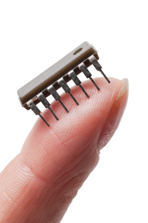 fingermicrocircuit arkivfoton