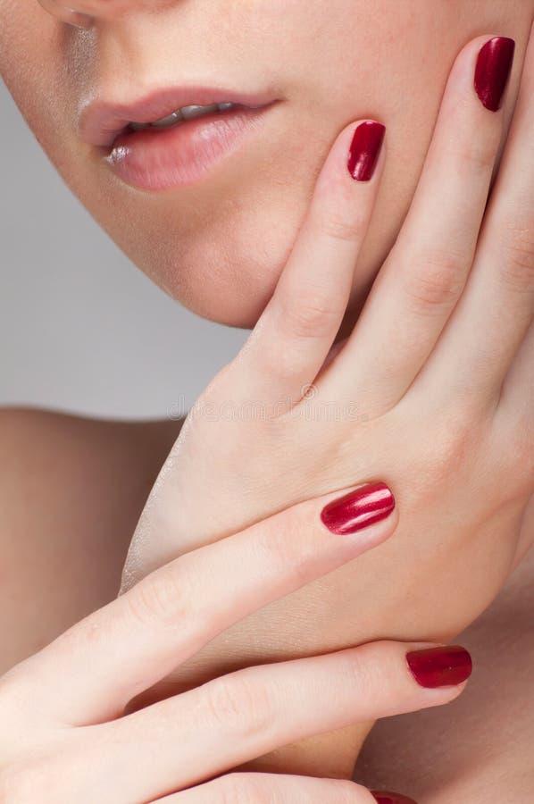fingernailredkvinna royaltyfri bild