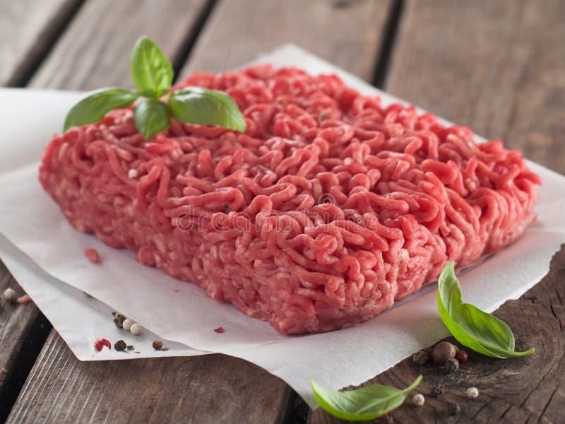 finhackad tät meat förbereder klart till upp arkivfoto