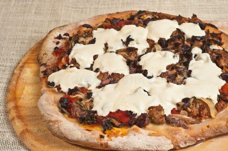 Finished coció, artesano, pizza hecha en casa 14 imagen de archivo libre de regalías