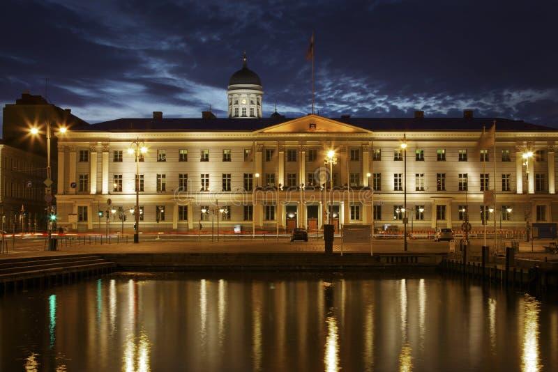 Finland: 's nachts Helsinki stock afbeeldingen