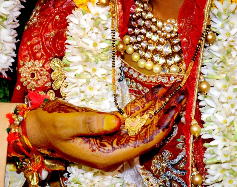Finna de perfekta indiska gifta sig materielfotona arkivfoton