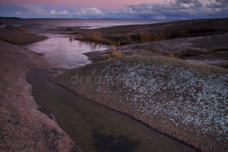 Finnland: Küste von Finnland lizenzfreies stockbild