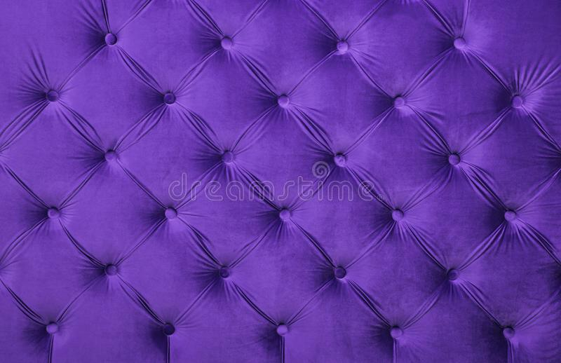 Fiołkowego capitone tkaniny tapicerowania kiciasta tekstura fotografia stock