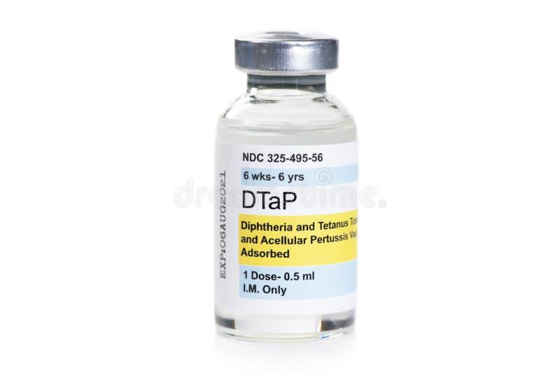 Fiolka szczepionki DTaP na biało obrazy stock