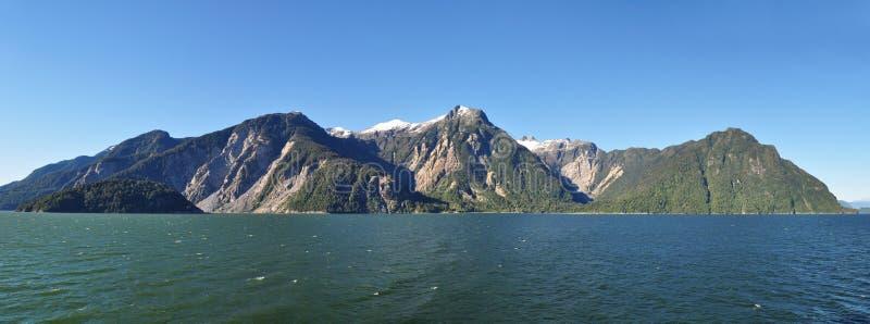 Fiordo de Aysen y alrededores de Puerto Chacabuco, Patagonia, Chile, Suramérica imagen de archivo
