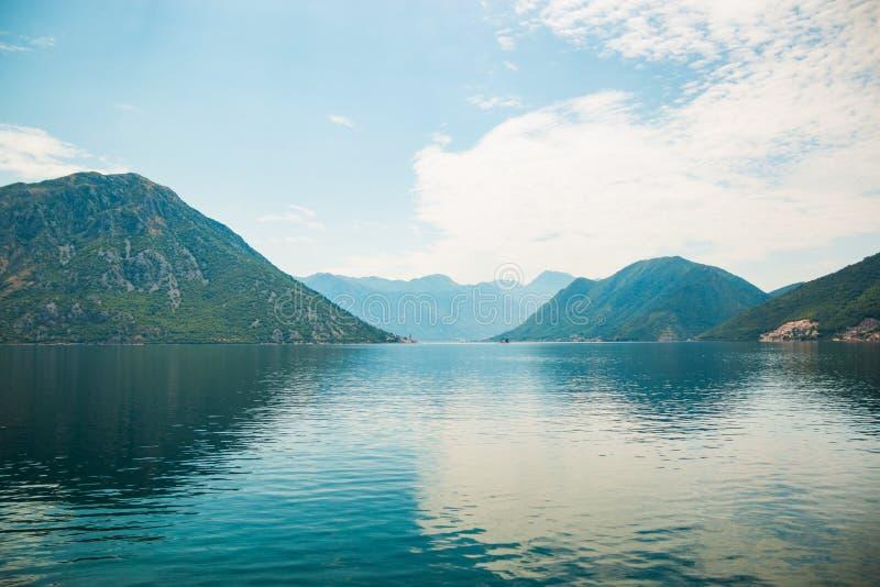 Fiordo di Cattaro nel Montenegro, Europa immagine stock libera da diritti