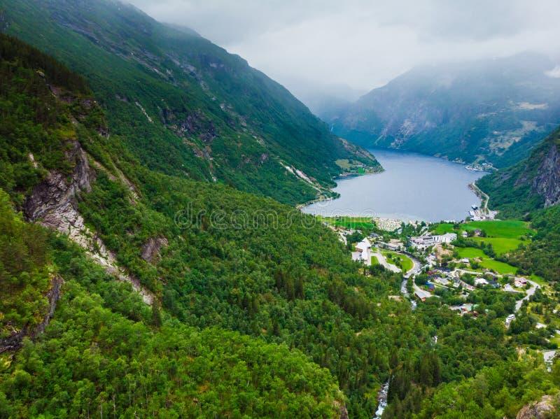 Fiordo Geirangerfjord en el d?a nublado Noruega foto de archivo libre de regalías