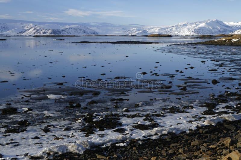 Fiordos del este de Islandia imagenes de archivo