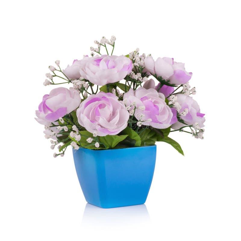 Download Fiore Di Plastica Per La Decorazione Su Fondo Bianco Immagine Stock - Immagine di tessuto, mazzo: 56879745