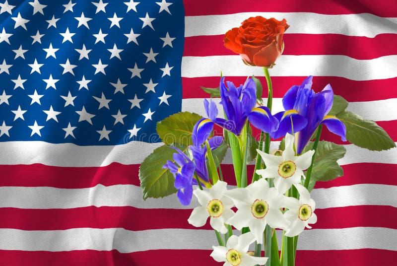 fiori festosi sullo sfondo della bandiera americana fotografia stock libera da diritti