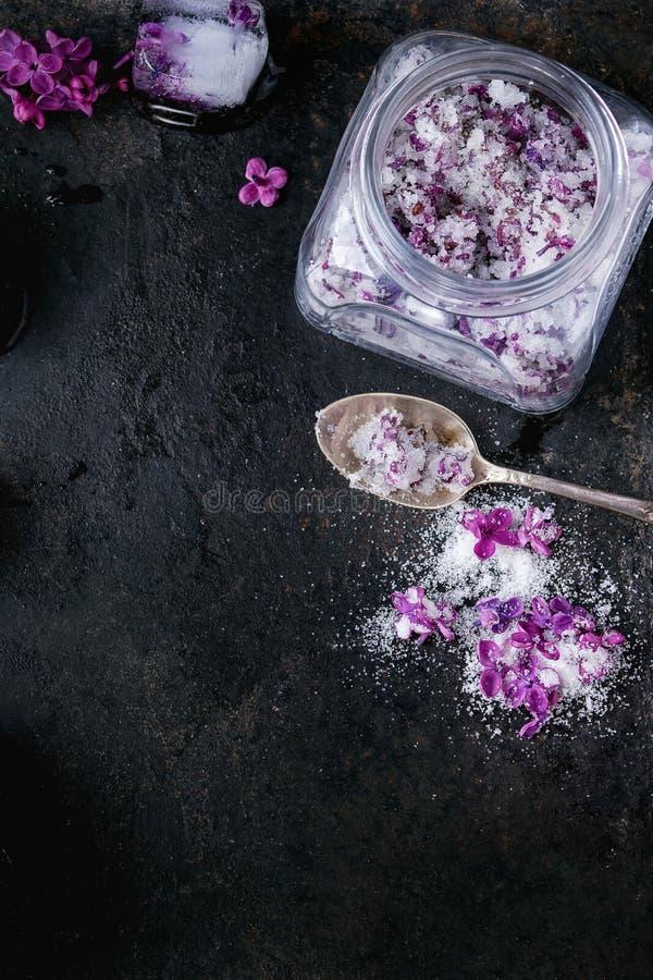 Fiori lilla in zucchero immagini stock libere da diritti