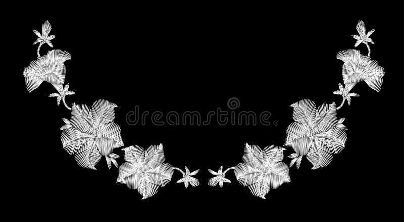 Fiori selvaggi bianchi del ricamo su un fondo nero Pizzo d'imitazione decorazione dell'abbigliamento alla moda Reticolo tradizion royalty illustrazione gratis