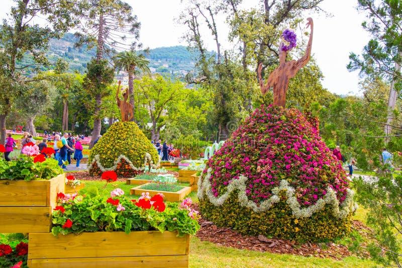 Fiorisce la composizione durante il Euroflora 2018, la mostra internazionale del fiore e la pianta ornamentale fatta in Genoa Gen immagini stock libere da diritti