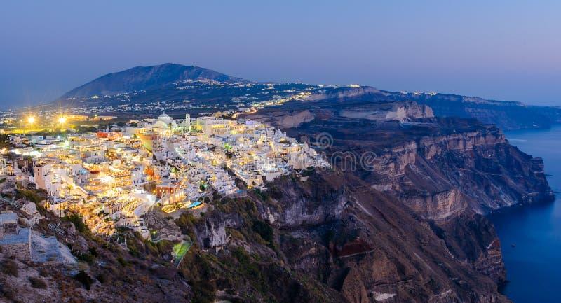 Fira, Santorini-eiland, Griekenland Overzicht van de cliffsidestad o stock afbeeldingen